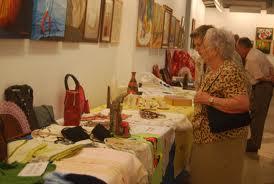 Cerca de 1.000 trabajos de Cultura en los Barrios se exponen en la Casa Colón