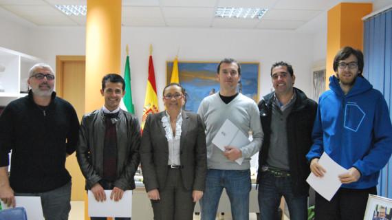 El Ayuntamiento de Isla Cristina formaliza un convenio con las Escuelas Deportivas Municipales
