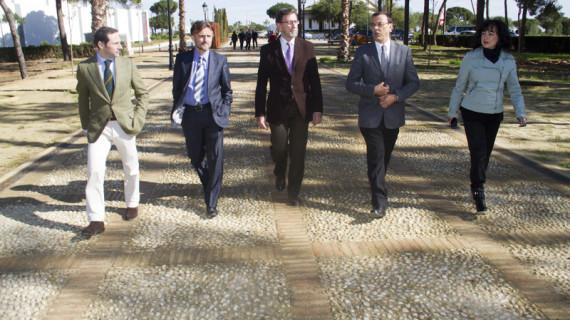 """El presidente del Parlamento Andaluz expresa su """"apoyo incondicional"""" a la candidatura de La Rábida"""