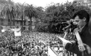 Intervención de Carlos Molero de los Santos desde el Templete de la Plaza de las Monjas el 3 de Marzo de 1988.