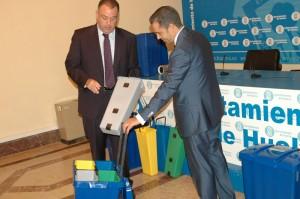 Un momento de la presentación de la campaña de reciclaje.
