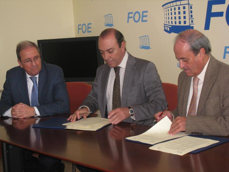 De izquierda a derecha, Rafael Avila, Eulogio Silva y Antonio Ponce