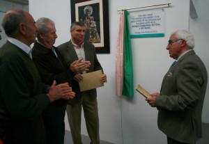 Placa en agradecimiento a la Asociación Padre Gabriel Contreras, quien ha cedido el terreno