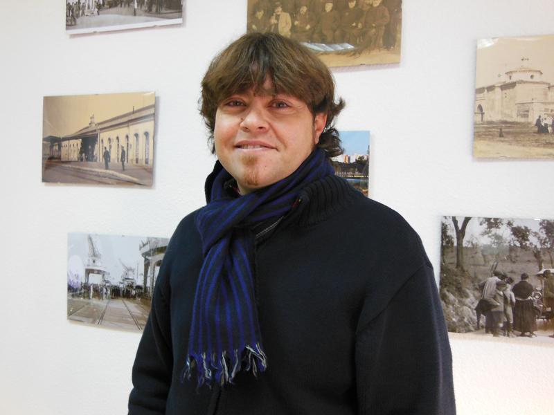 César López visitó la redacción de Huelva Buenas Noticias.
