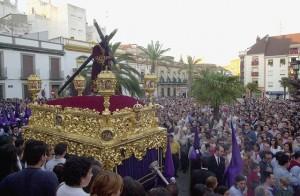 Pasión estrenará la nueva túnica en este Martes Santo. / Foto: Andalucía Turismo Digital.