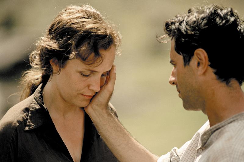 Fotograma del film 'En un lugar perdido de África'.