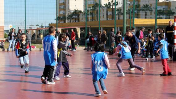 El CDB Enrique Benítez y Andévalo Aventura organizan el sábado una jornada de baloncesto y diversión
