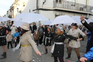 Numerosos grupos callejeros se unieron al desfile del Carnaval de Bollullos