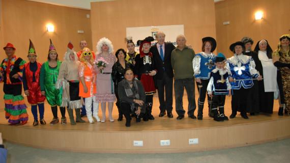 Los mayores eligen a los Abuelos del Carnaval Colombino