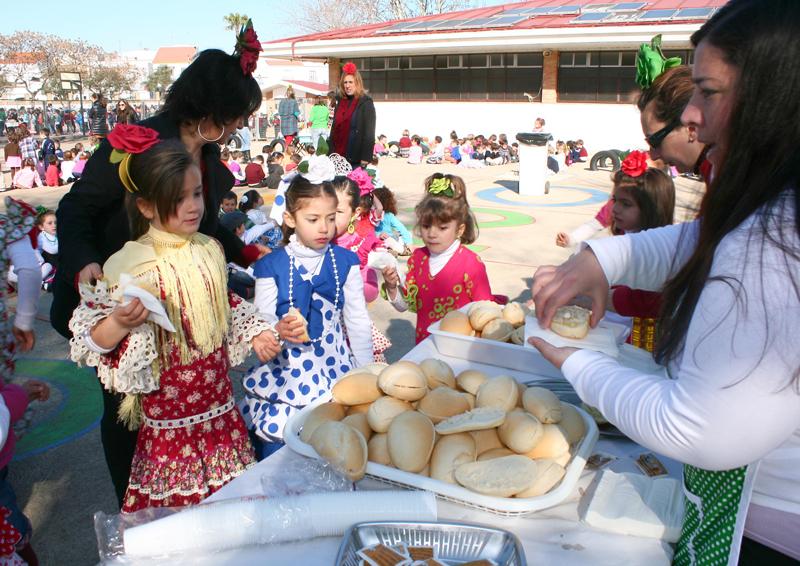 Los escolares cartayeros celebran el Día de la Comunidad Autónoma