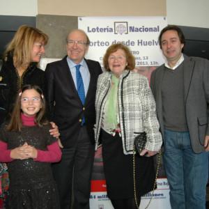 El sorteo solidario también ha entregado 4.000 euros a la Asociación de Paralíticos Cerebrales de Huelva (Aspacehu).