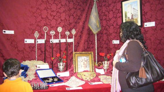 Las Teresianas celebran su IV Exposición Cofrade