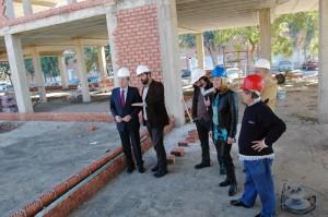 El alcalde y concejales del Ayuntamiento de Huelva visitan las obras de Frater.