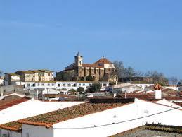 El Distrito Sanitario Huelva-Costa renueva la cubierta del consultorio de Paymogo para mejorar su impermeabilización