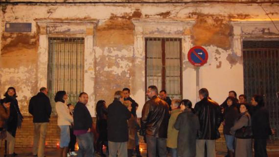Platalea encabeza una marcha por la conservación de la casa de Díaz Hierro