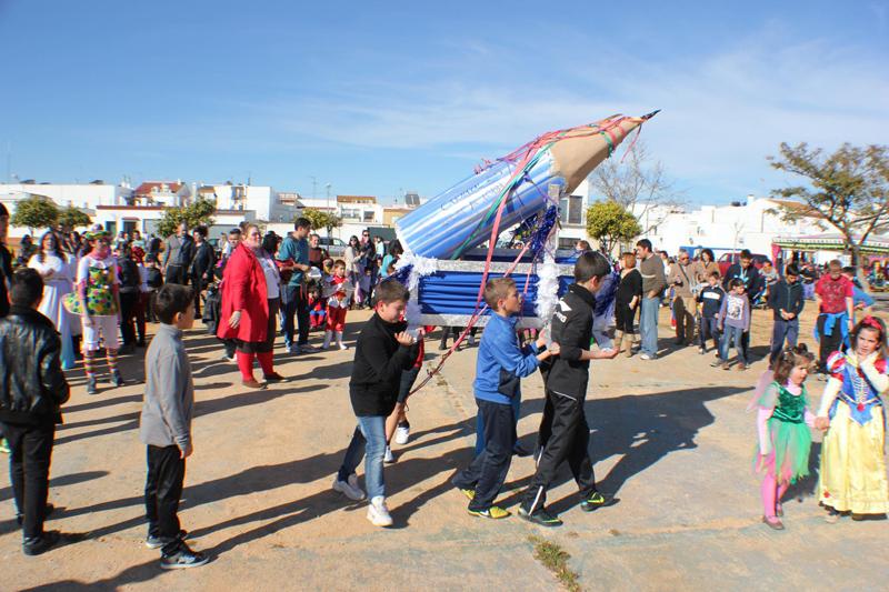 El Carnaval de San Juan inicia su segunda etapa con la Quema del Lápiz