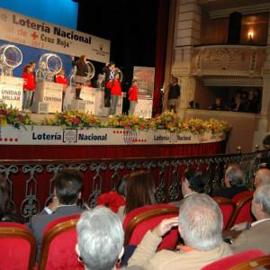En el sorteo han participado los niños de San Ildefonso, así como voluntarios de Huelva.