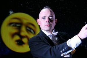 Oriol Boixade es el director de esta compañía que está este jueves en el teatro de San Juan del Puerto. / Foto: Juan Antonio Ruiz.