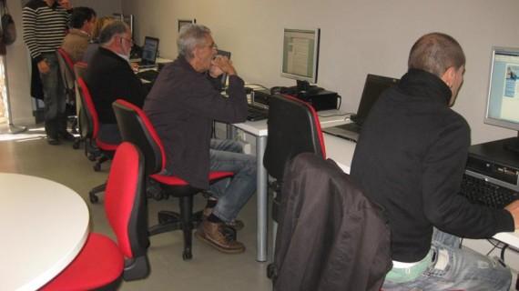 Medio centenar de personas participan en talleres de búsqueda eficiente de empleo en la Sierra Minera