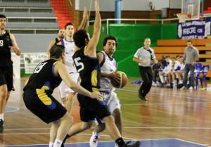 El CDB Enrique Benítez superó con claridad al CD Huelva en el derbi de Primera Masculina.