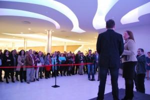 La Capitana alberga un centro náutico, gimnasio, sala de exposiciones y espacio para celebraciones.