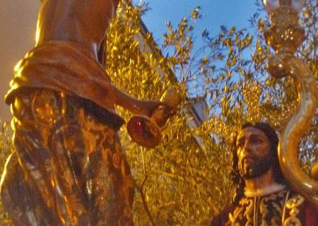 La Oración en el Huerto llena de clacisismo el Jueves Santo onubense