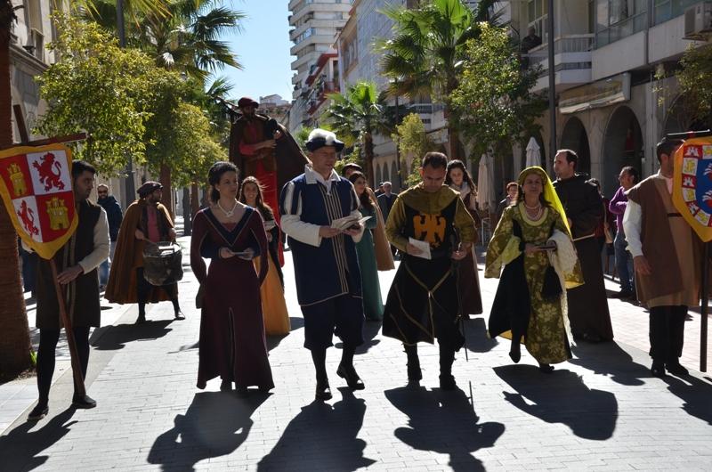 Tras la presentación, han realizado un pasacalle por el centro de Huelva.