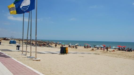 Las aguas de las 18 playas de la provincia de Huelva presentan unas adecuadas condiciones sanitarias