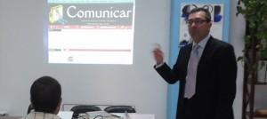 La revista Comunicar también fue presentada en Los Jueves de la Prensa.