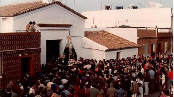 La Hermandad de los Dolores de San Juan del Puerto celebra el 'Encendido de la llama de la vida'
