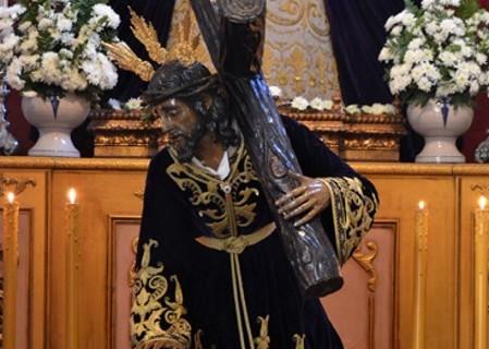 Las Tres Caídas estrenará el Guión de Santiago