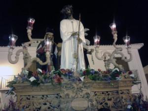 Entrada del Cristo de los Remedios en Carrera Oficial.