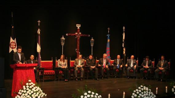 Soriano Abad pronuncia en el Teatro España un pregón de Semana Santa profundamente palmerino
