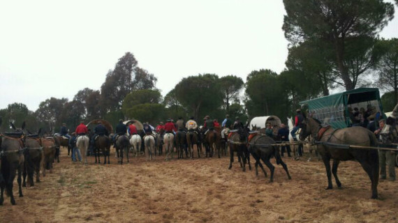 La Hermandad del Rocío de Huelva peregrina ya hacia Almonte