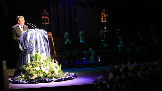 Vieira dedica a toda Huelva su pregón de Semana Santa