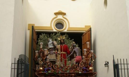El barrio del Carmen de la capital celebra la procesión de su Virgen