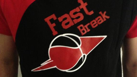Fast Break, la ropa deportiva del CDB Enrique Benítez para 'contraatacar' a la crisis y cubrir el presupuesto