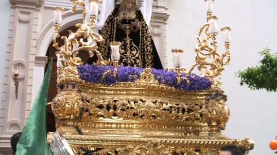 La Virgen de la Soledad llevará una nueva saya de terciopelo negro esta Semana de Pasión