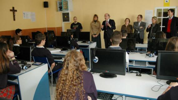 Los estudiantes de Secundaria de Huelva se forman en el buen uso de las redes sociales