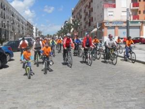 Los participantes saldrán desde el polideportivo municipal a las 11 horas.