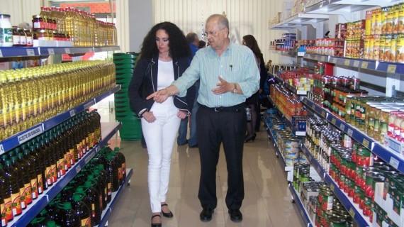 El Economato resurgir recibe una subvención de 50.000 euros para que siga ejerciendo su labor social en la provincia