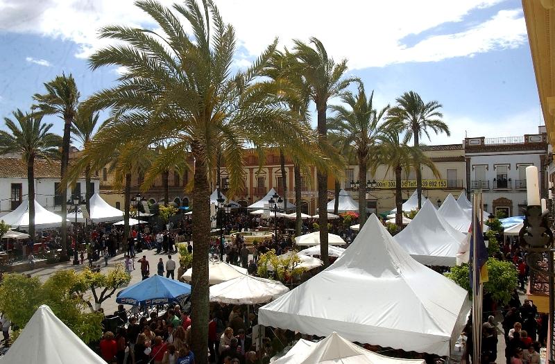 La Plaza de España durante la celebración de la feria gastronómica de años anteriores.