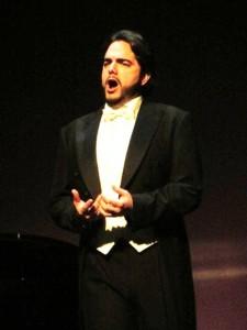 Pablo García Ruiz es una de las jóvenes promesas españolas del bel canto.