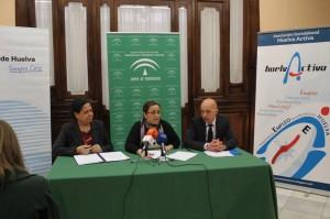 Pastora López, Manuela de Paz y Rafael Pérez, durante la presentación de las actividades.