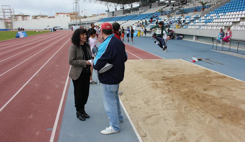 La diputada de deportes, Elena Tobar, en las III Jornadas Deportivas 'Maestro Valentín López'.