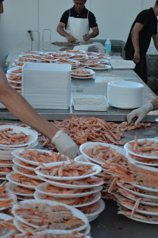 La Feria une pesca y turismo, motores económicos de Punta Umbría.