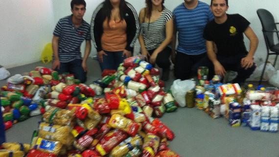 Almacén Solidario ofrece alimentos a más de cien familias onubenses sin recursos en 2013