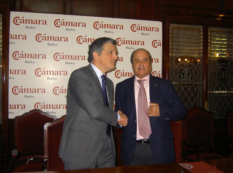 El presidente la Cámara de Comercio junto con el delegado en Andalucía de la Cámara de Comercio España – Corea.