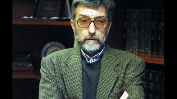 Granada dedica un parque al periodista onubense Enrique Seijas