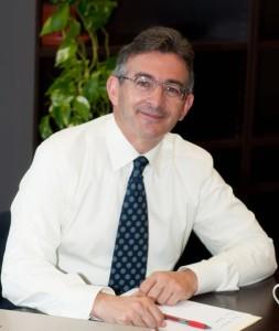 Francsico Ruiz confiesa optar al cargo de rector con mucha ilusión.